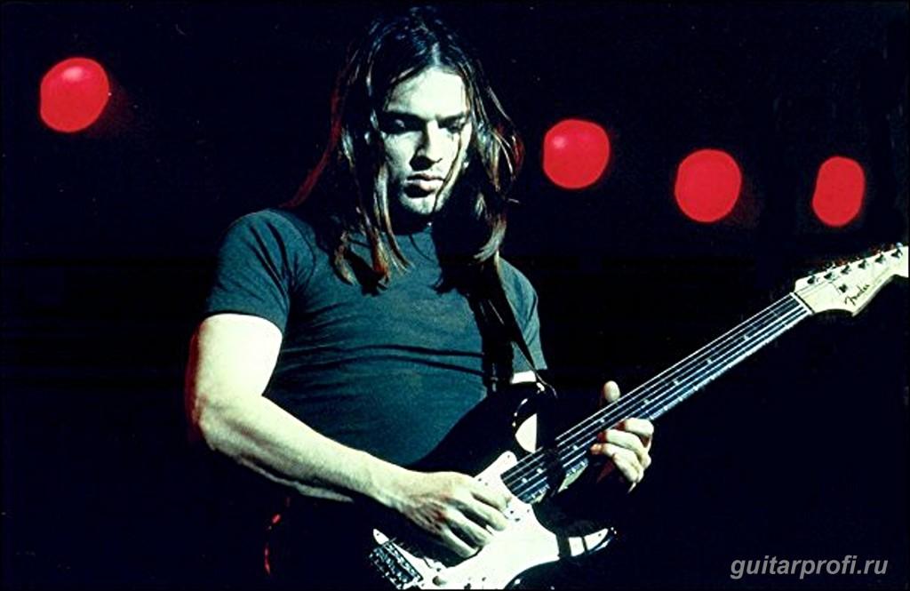 Дэвид Гилмор с гитарой Fender Stratocaster