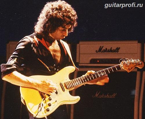 Ричи Блэкмор с гитарой Fender