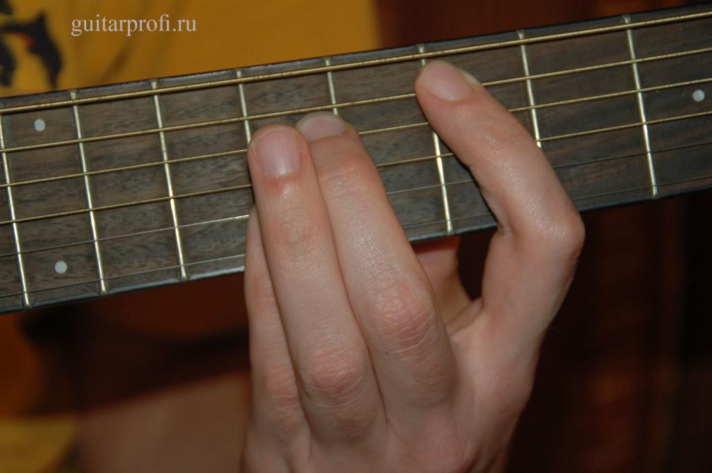 akkord-e7-na-7-ladu