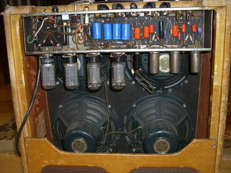 fender-tweed-bassman-1956-inside