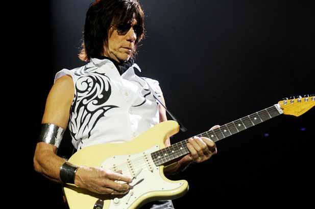 гитарист Джефф Бек