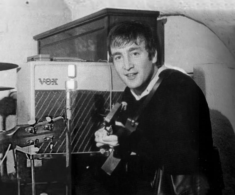John-Lennon-with-Vox