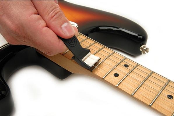 Уход за гитарой